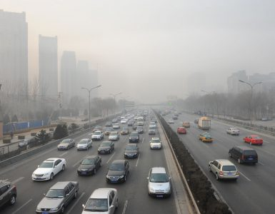 Car pollution, Beijing, Hung Chung Chih / Shutterstock.com